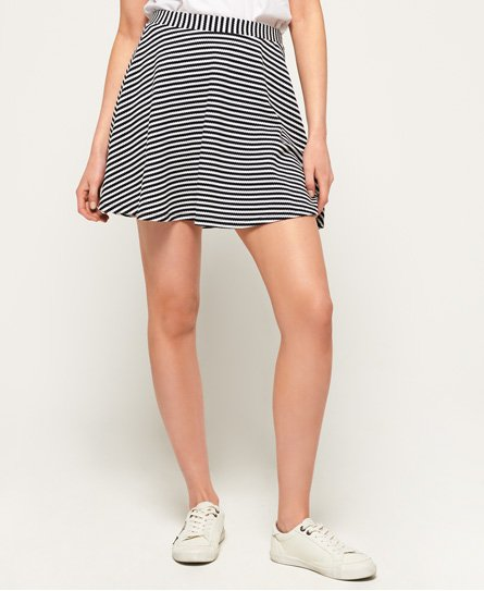 Superdry women\\\'s Rydell stripe skirt. A must-have for your wardrobe this season, this skirt features an all over stripe design, an elasticated waistband and is finished with a Superdry logo badge above the hem.