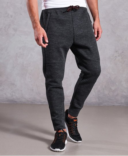 Superdry Gym Tech joggers i piqué