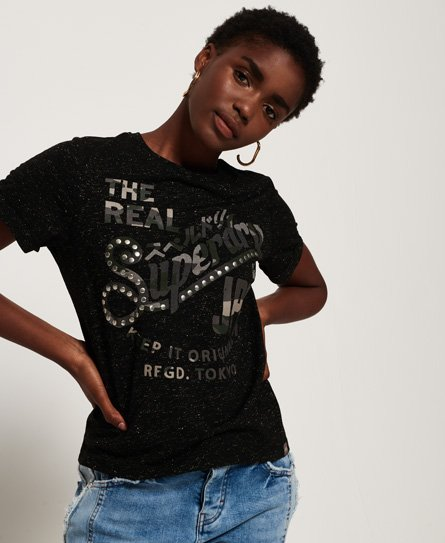 Superdry Keep It T-shirt i et firkantet snit med rhinstene