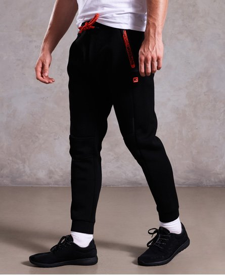 Superdry Gym Tech joggers med stretch