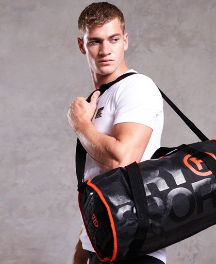 Superdry Cylinderformet XL sportstaske