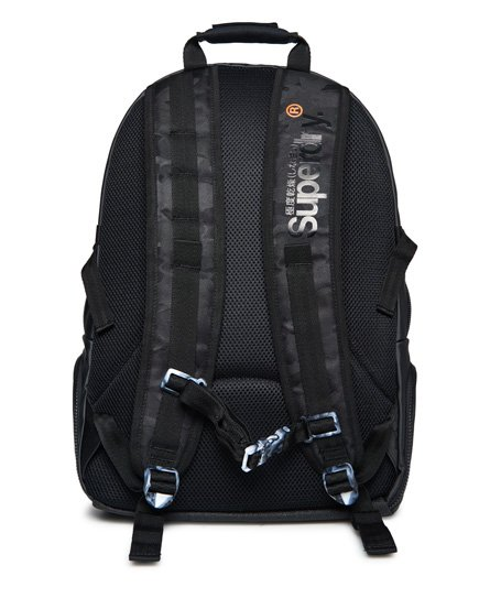 Superdry Tarp Backpack mit Tarnmuster
