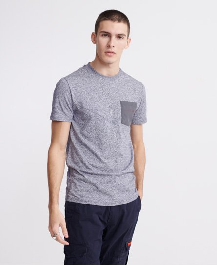 Superdry men\\\'s Urban Tech nylon pocket t-shirt. A simple tee featuring a crew neckline, short sleeves, and a nylon pocket on the chest. Finished with a rubber Superdry logo on the pocket. Slim fit