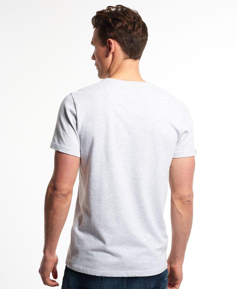 Superdry Festival Pocket T skjorte med heldekkende trykk