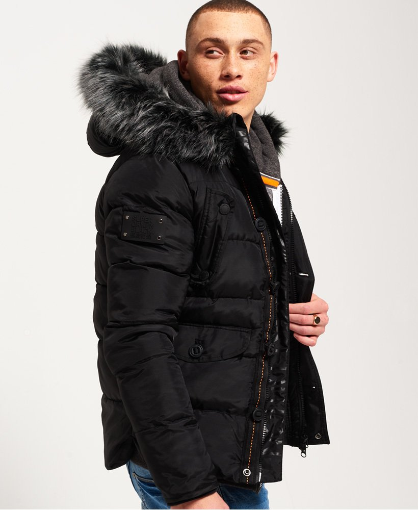 Superdry Chinook Jacke – Black Edition Herren Jacken & Mäntel