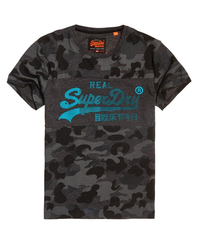 b8dd819aa Superdry Camiseta con panel de camuflaje y logo 1st Vintage ...