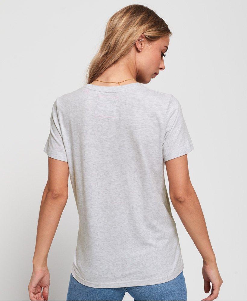 superdry premium t shirt mit schriftzug und blumen print. Black Bedroom Furniture Sets. Home Design Ideas