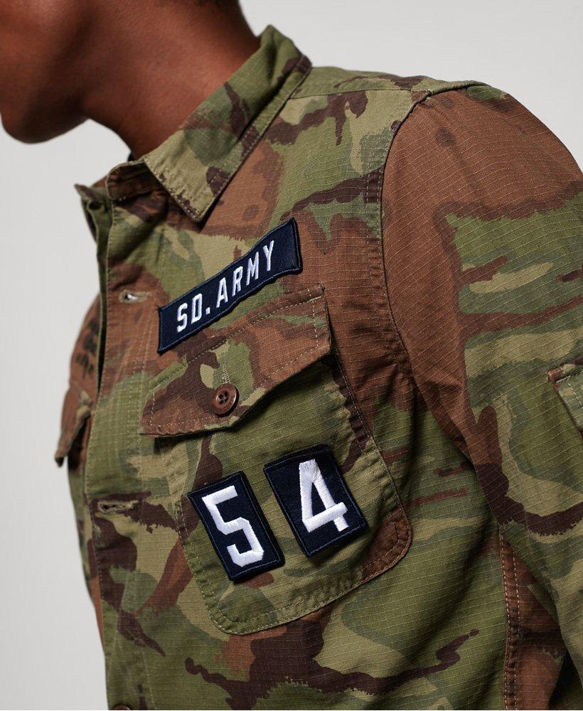 Mężczyzna – Koszula z naszywkami Patrol w kolorze Leśny Moro  VyB4s