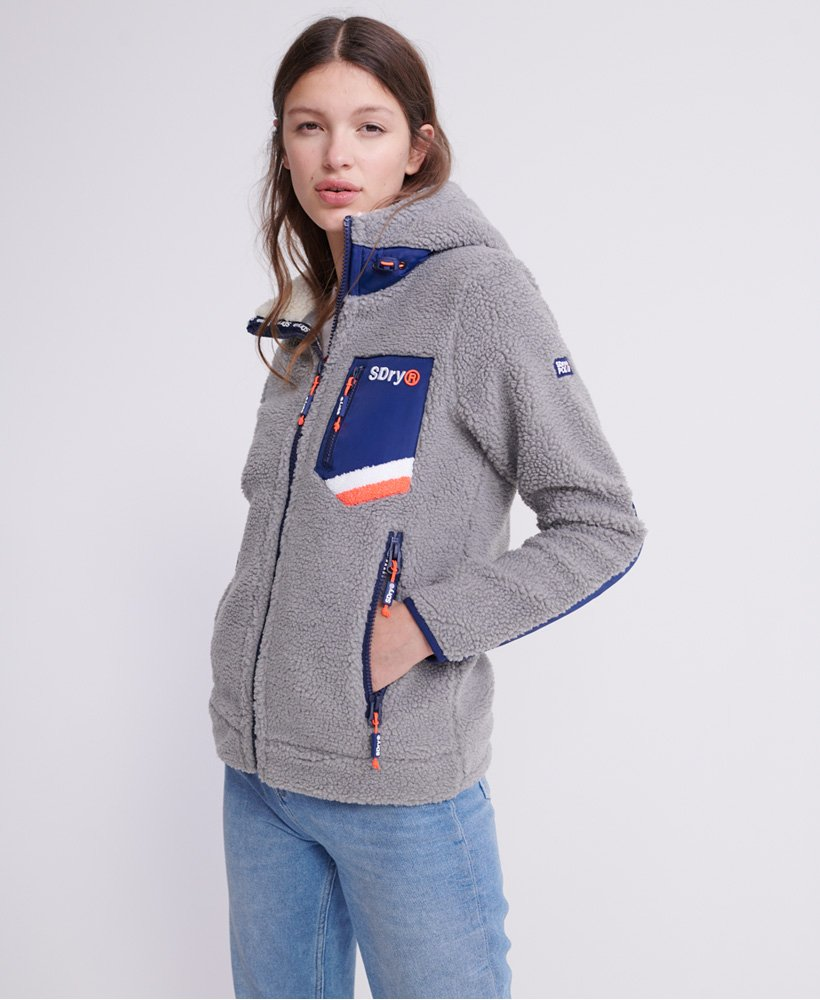 Superdry Celsius Sherpa Trainingsjacke mit Kapuze Damen