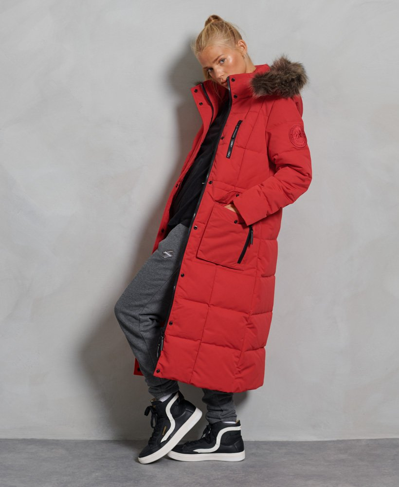 Lang jakke i fuskepels