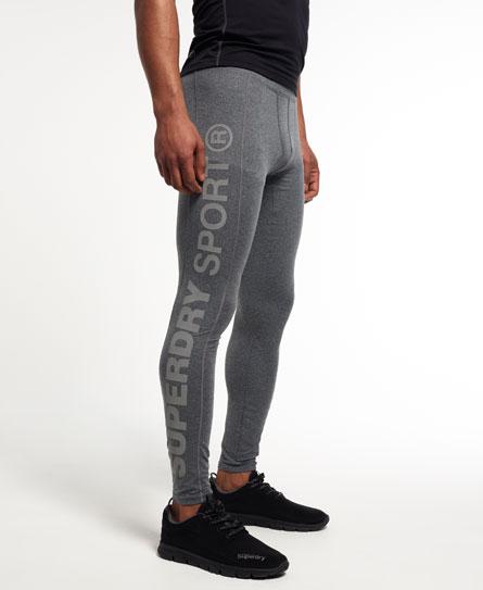 Se Superdry Superdry Gym Sport Runner leggings ved SuperDry