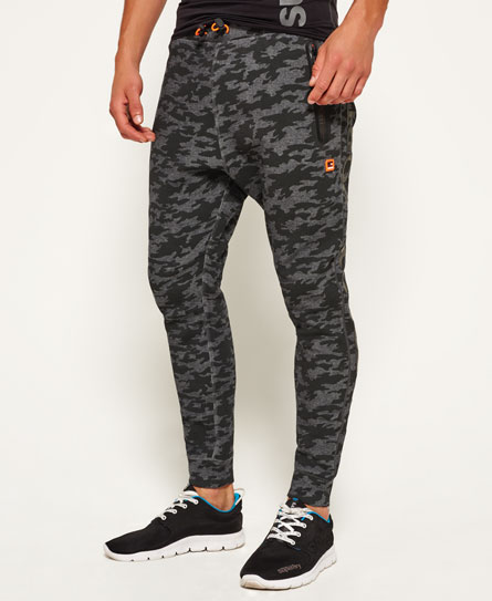 camo schwarz Superdry Schmale Gym Tech Jogginghose