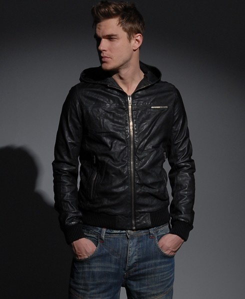 Mens - Basic Bomber jacket in Black | Superdry