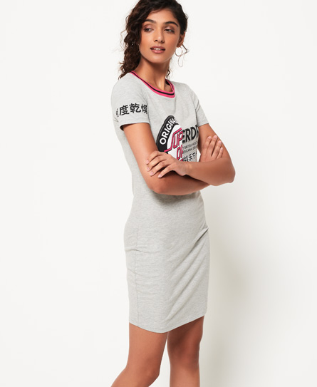 Se Superdry Superdry Cruise Bodycon T-shirtkjole ved SuperDry
