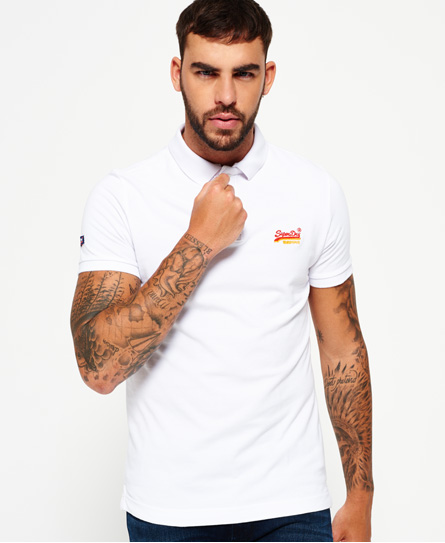Se Superdry Superdry Classic Cali Pique poloshirt ved SuperDry