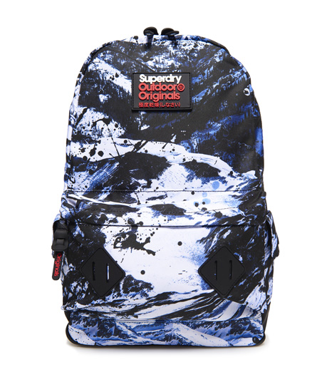 Se Superdry Superdry Abstract Alpine Mountain rygsæk ved SuperDry