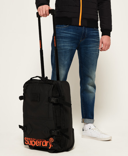 superdry petite valise cabine travel range sacs pour homme. Black Bedroom Furniture Sets. Home Design Ideas