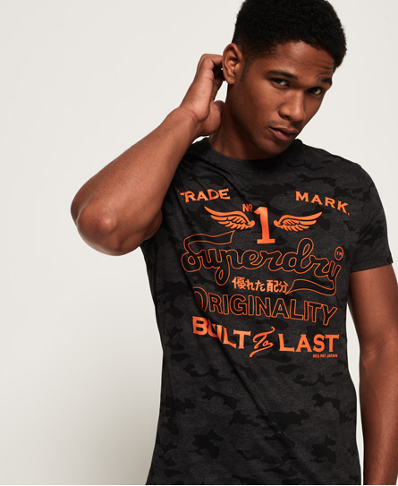 Superdry Superdry High Flyers Low Roller T-shirt med camo-print