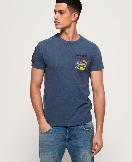 256ca6492568ea Superdry Famous Flyers T-Shirt mit Tasche