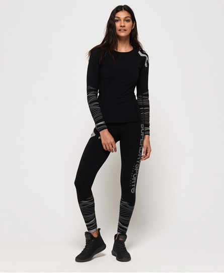 Se Superdry Superdry Performance leggings med isolering ved SuperDry